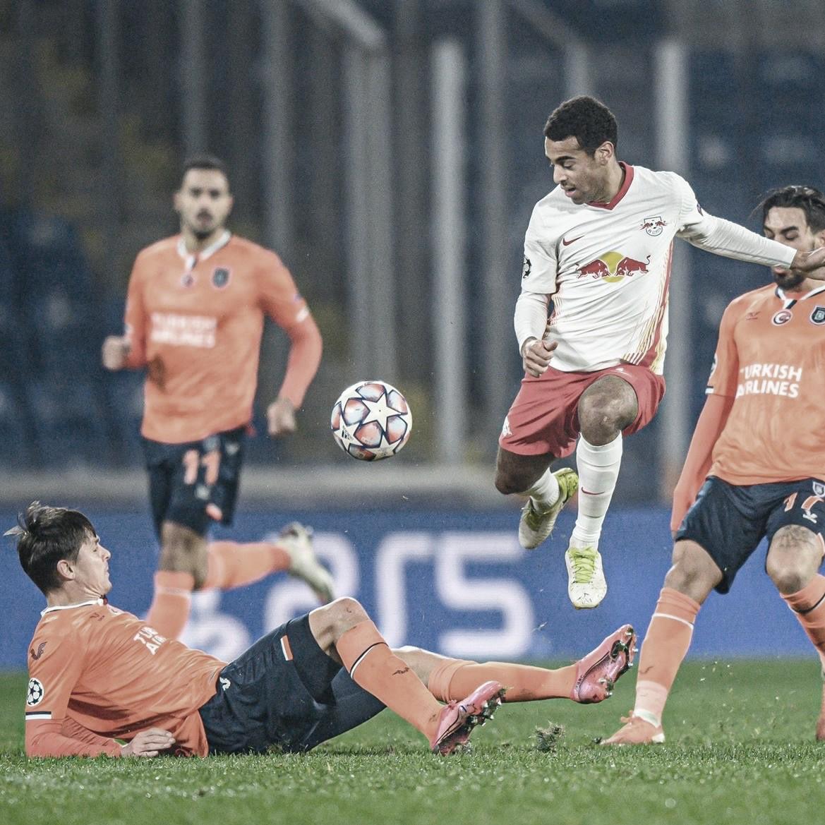 Disputado encuentro y una lluvia de goles en esta jornada 5. / Twitter: Die Roten Bullen oficial