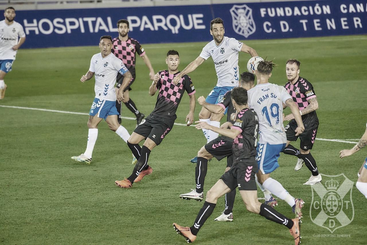 El Tenerife vuelve a deprimir (1-2)