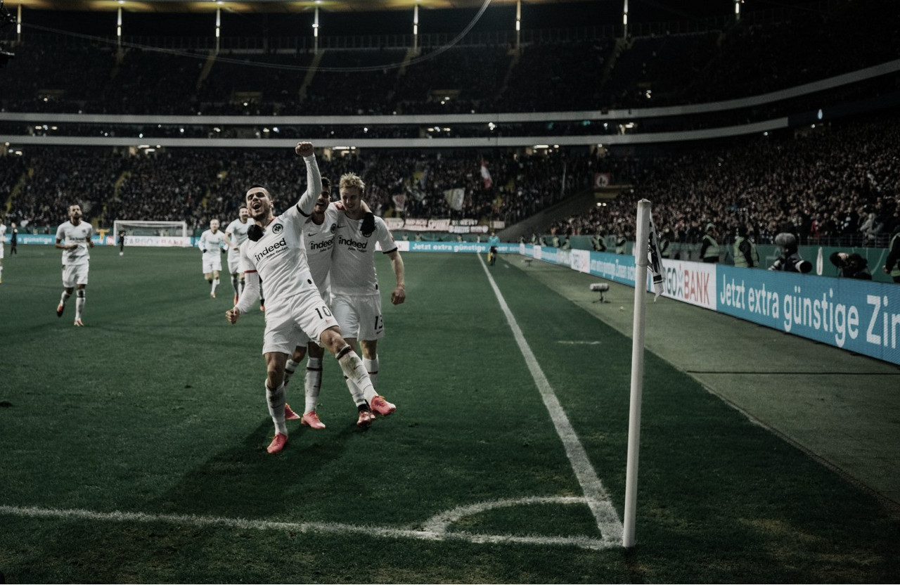 Düsseldorf goleia Kaiserslautern fora de casa e Frankfurt elimina Leipzig na DFB Pokal