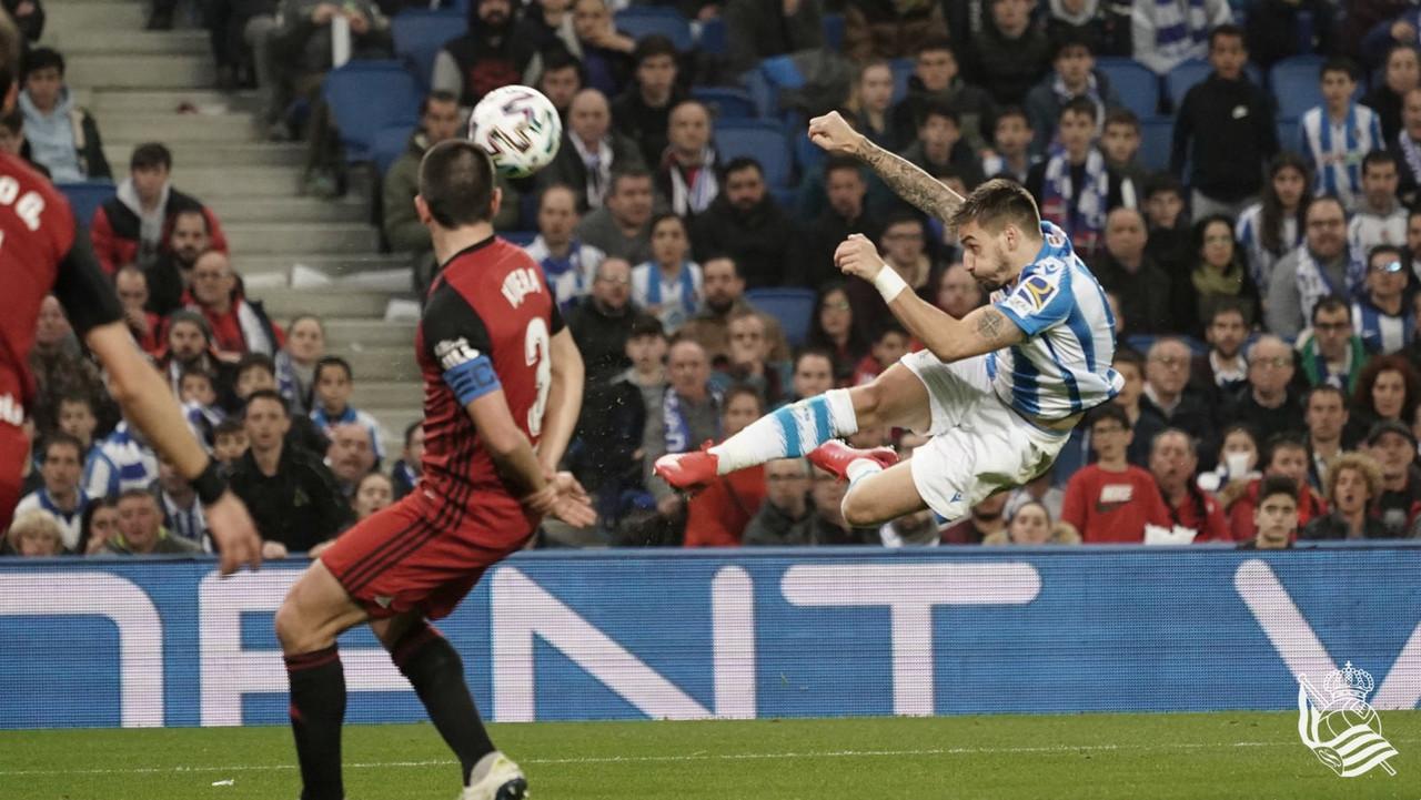 Real Sociedad y Mirandés lo dejan todo para la vuelta (2-1)