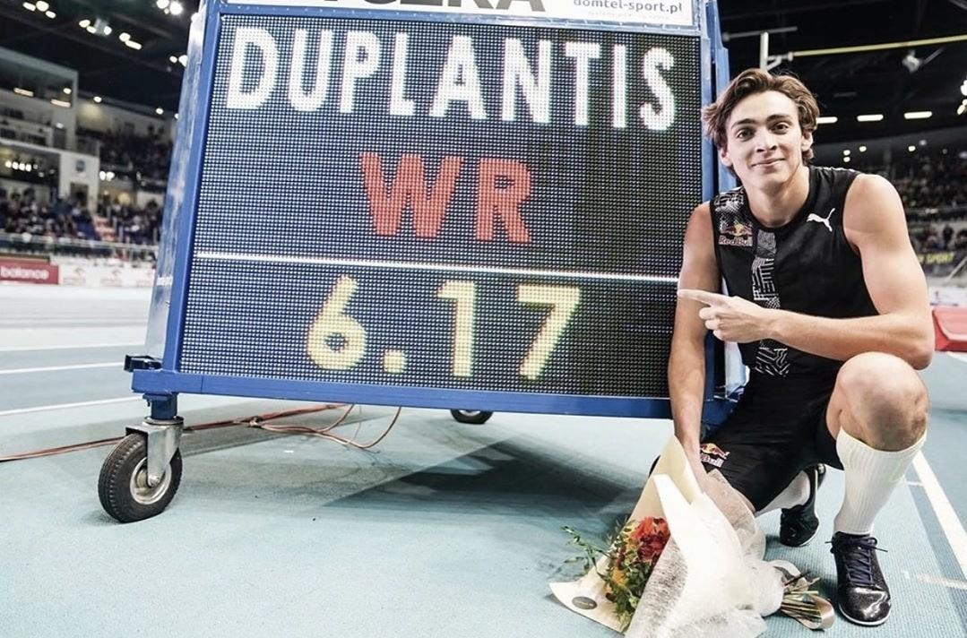 Duplantis bate el récord de salto con pértiga a los 20 años