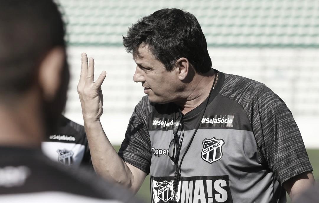 "Adílson Batista elogia desempenho do Ceará: ""Contente pela personalidade que tivemos"""