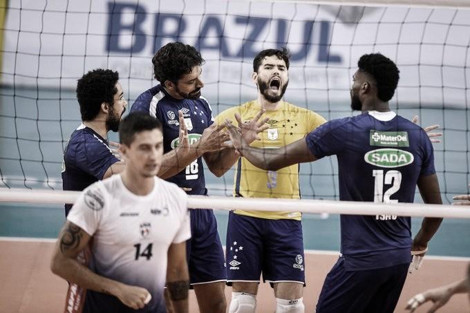 Sada Cruzeiro bate Blumenau em sets diretos e mantém liderança isolada na Superliga