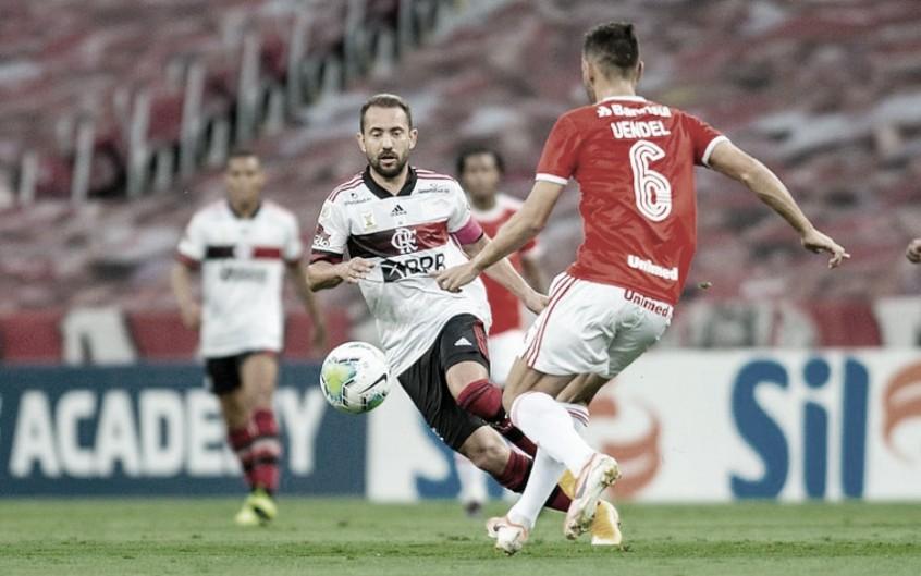 Flamengo e Internacional passam por nova decisão de Campeonato Brasileiro