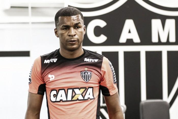 Erazo é cortado da Seleção Equatoriana e vira problema para o Atlético-MG