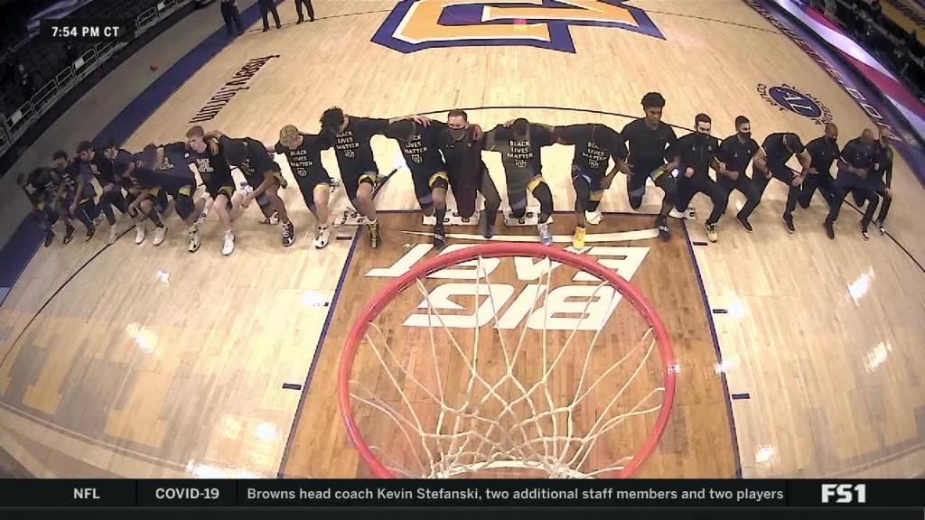 Los integrantes de Marquette Basketball muestran su disconformidad con la sentencia en relación al 'caso Jacob Blake' | Fuente: @SportsCenter (Twitter)