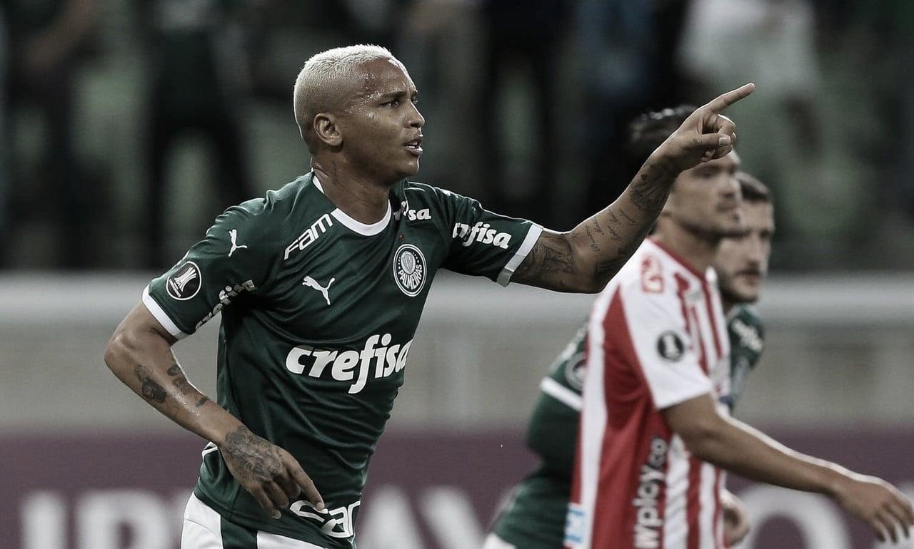 Após três jogos sem marcar, Palmeiras goleia Junior Barranquilla na Libertadores