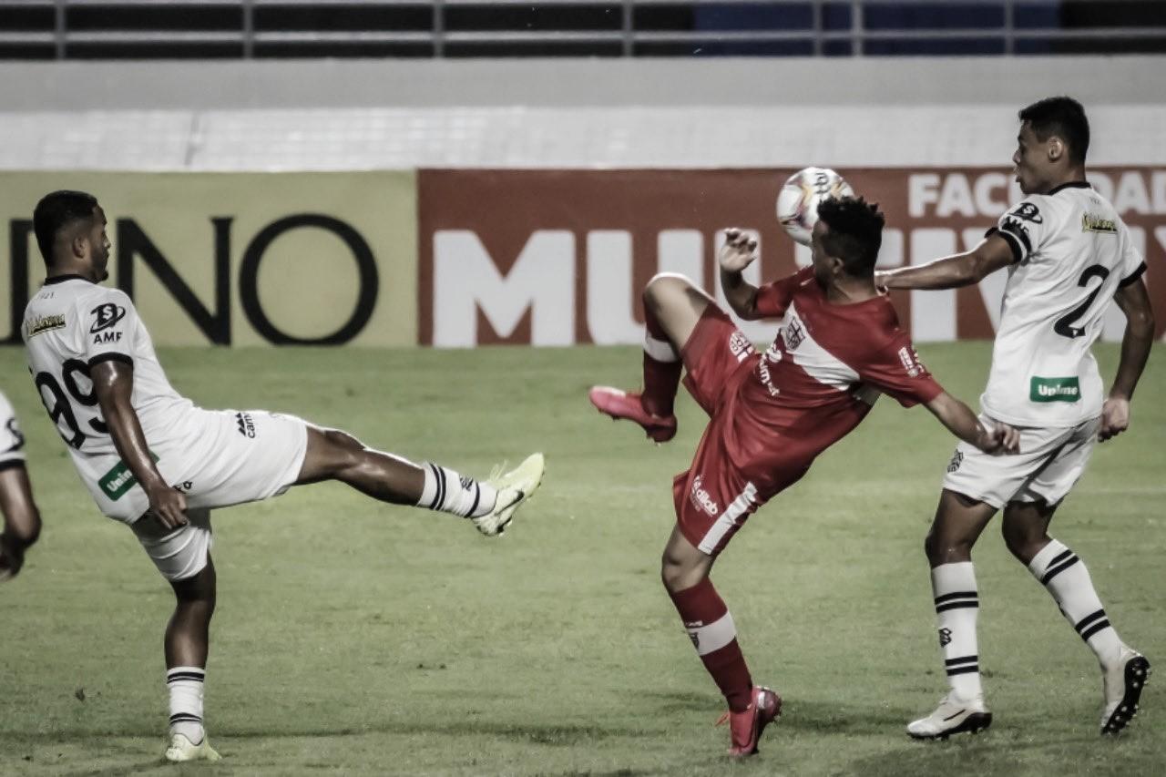 Autor do único gol do Figueirense, Erison pede foco após goleada sofrida contra CRB
