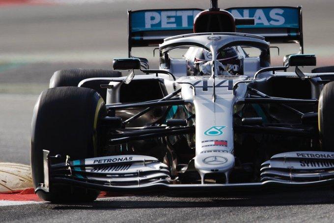 Test Formula 1, Day-1: Mercedes davanti a tutti