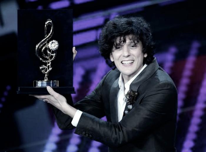 Sanremo 2017 - Le pagelle della terza serata. Ermal Meta vince la serata cover