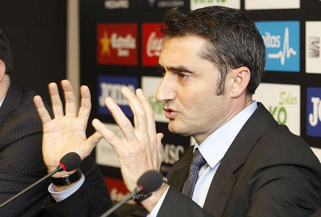 Ernesto Valverde é confirmado como novo técnico do Athletic Bilbao