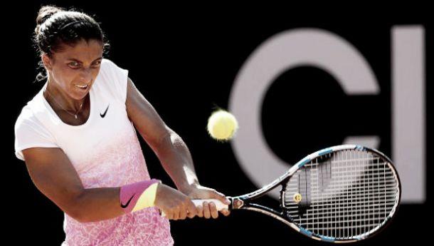 WTA Stoccarda, Errani supera Radwanska