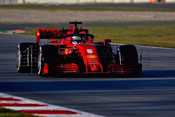 Test Formula 1, Day-5: Vettel davanti ma la Ferrari si nasconde