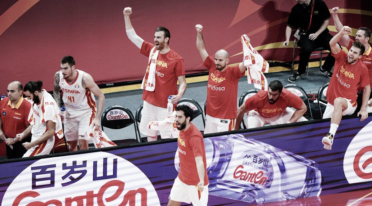 España le echa coraje para colocarse a un paso del oro (95-88)