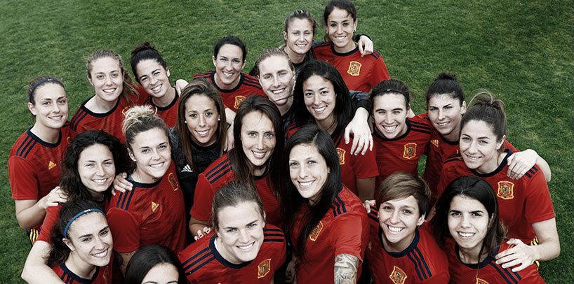 Resumen España 4-0 Camerún en amistoso internacional femenino