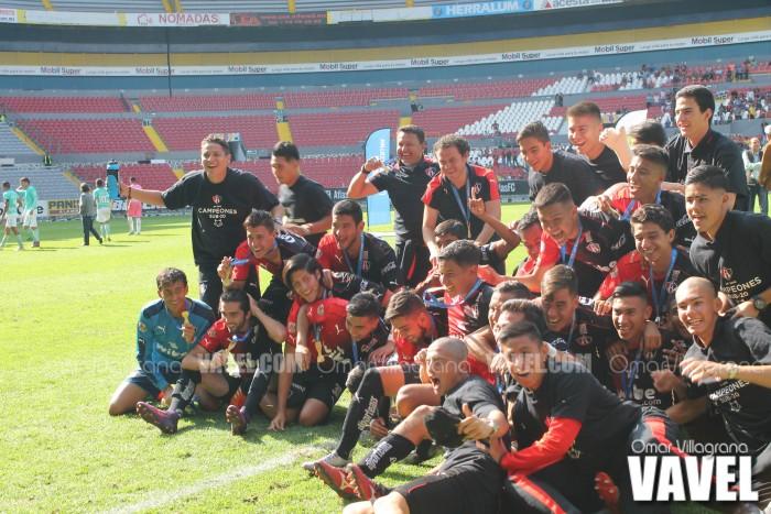 Fotos e imágenes del campeonato de Atlas categoría Sub-20