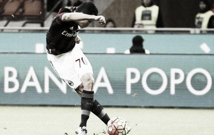 Golazo de Carlos Bacca para la clasificación del Milán