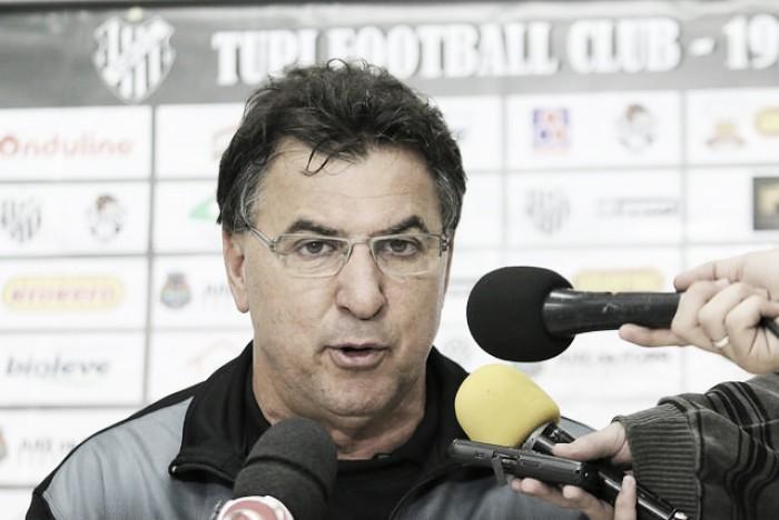 """Estevam Soares destaca importância do triunfo do Tupi: """"Uma vitória é sempre bem-vinda"""""""