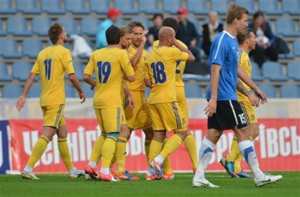 Ucrania pasa con nota su primer test