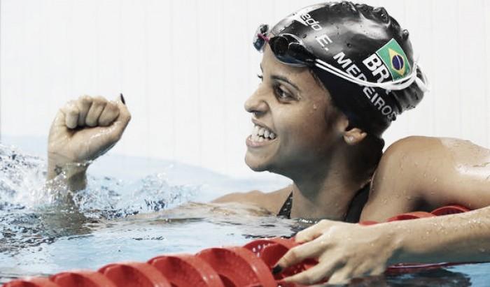 Tarde da natação tem Etiene Medeiros avançando para as semifinais dos 50m livre