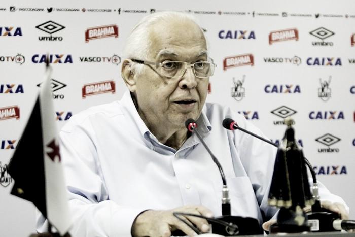 Eurico Miranda anuncia renovações com Jorginho e Zinho até fim de 2017