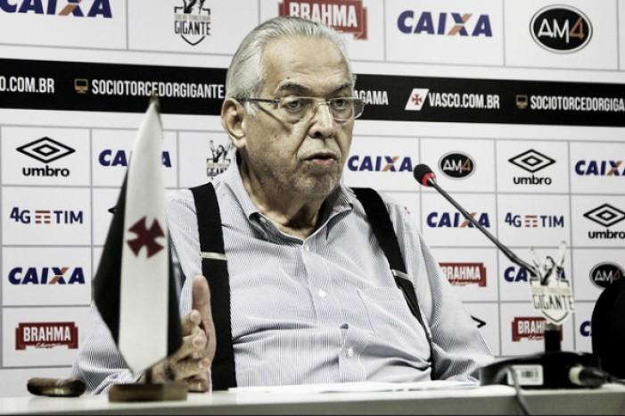 "Eurico Miranda confirma saída de Anderson Martins: ""Ele pediu e eu concordei"""