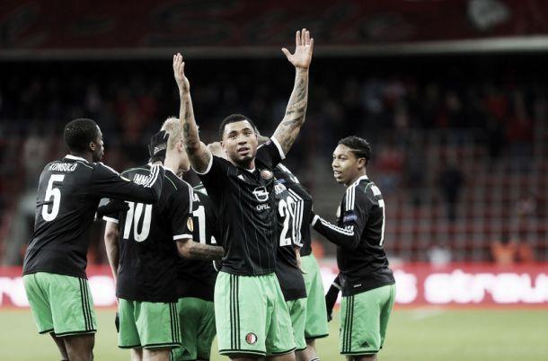 Tres goles en Lieja aseguran el primer puesto para el Feyenoord