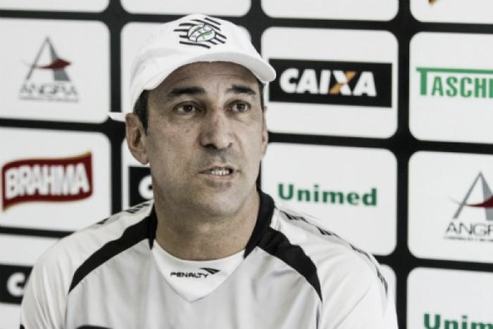 """Vinícius Eutrópio enaltece empate conquistado pelo Figueirense: """"Vejo como um ponto positivo"""""""