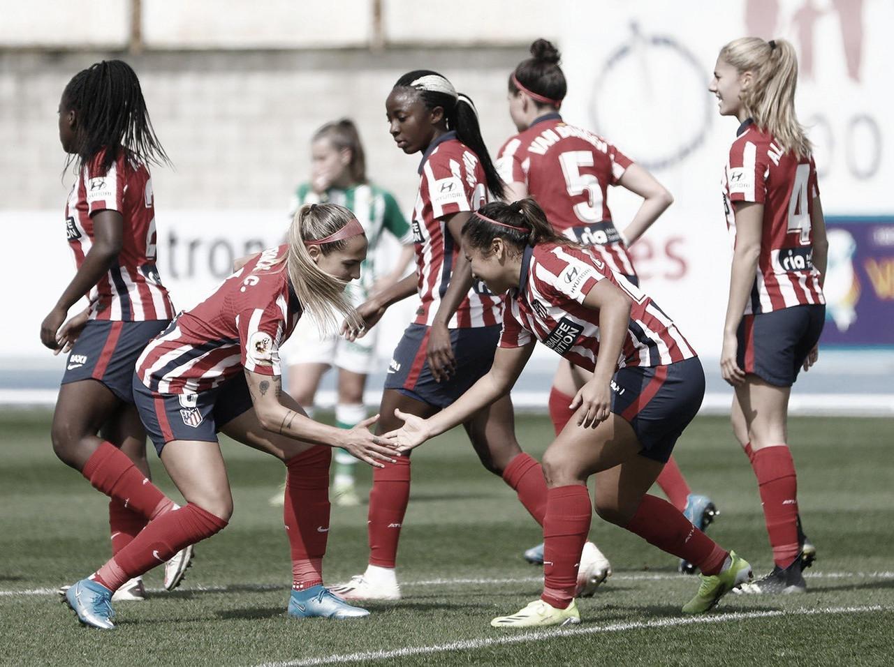 El Atlético de Madrid gana al Betis y recorta distancias en la tabla de La Liga