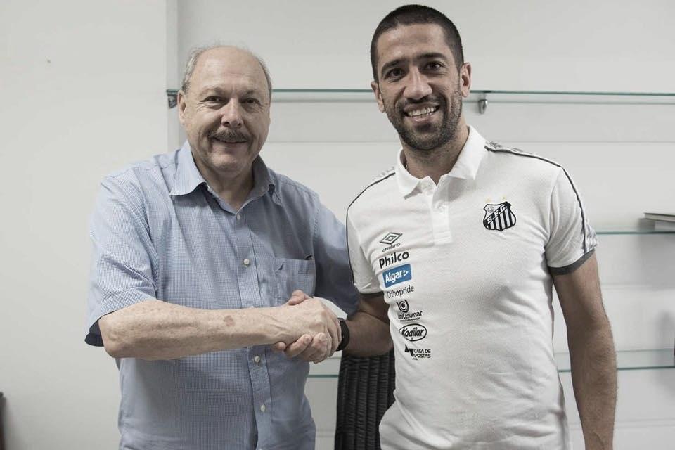Ex-Hull City, meio-campista Evandro é anunciado como novo reforço do Santos