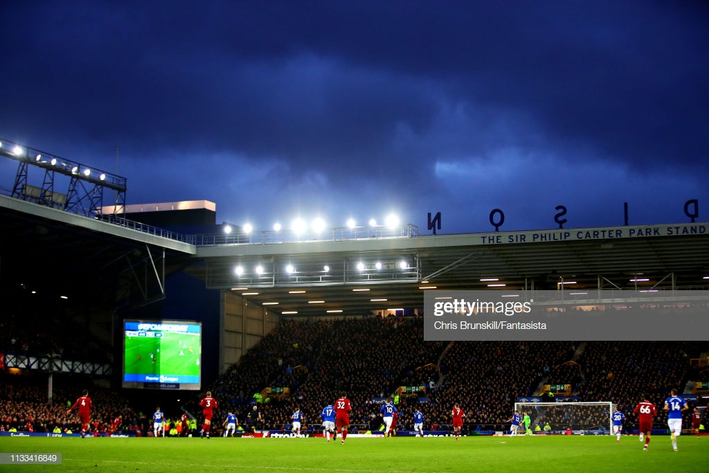 Everton 0-0 Liverpool: Toffees stifle their local rivals as Reds fall behind in the title race
