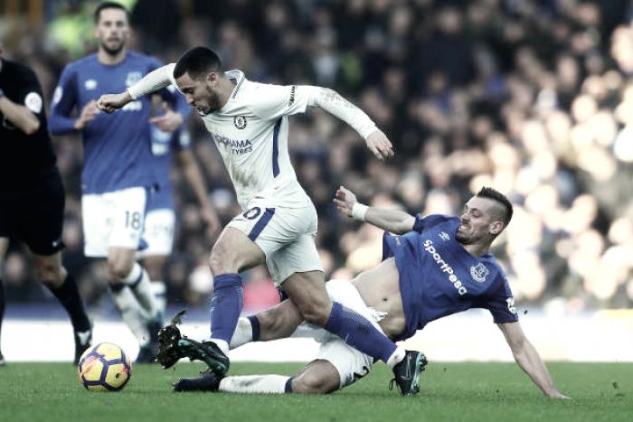 Pickford fecha o gol e Chelsea fica no empate com Everton