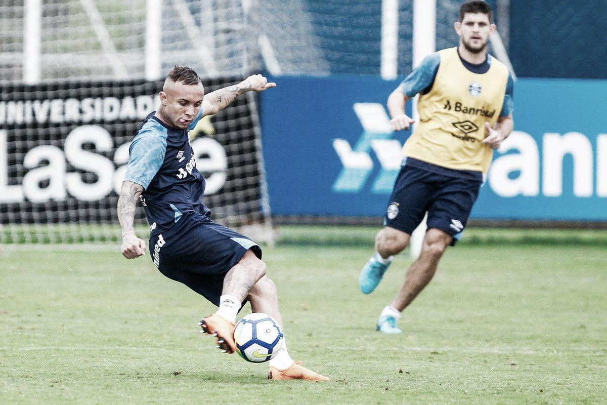 Após apelo do Grêmio, Everton deve ser liberado de amistosos da Seleção
