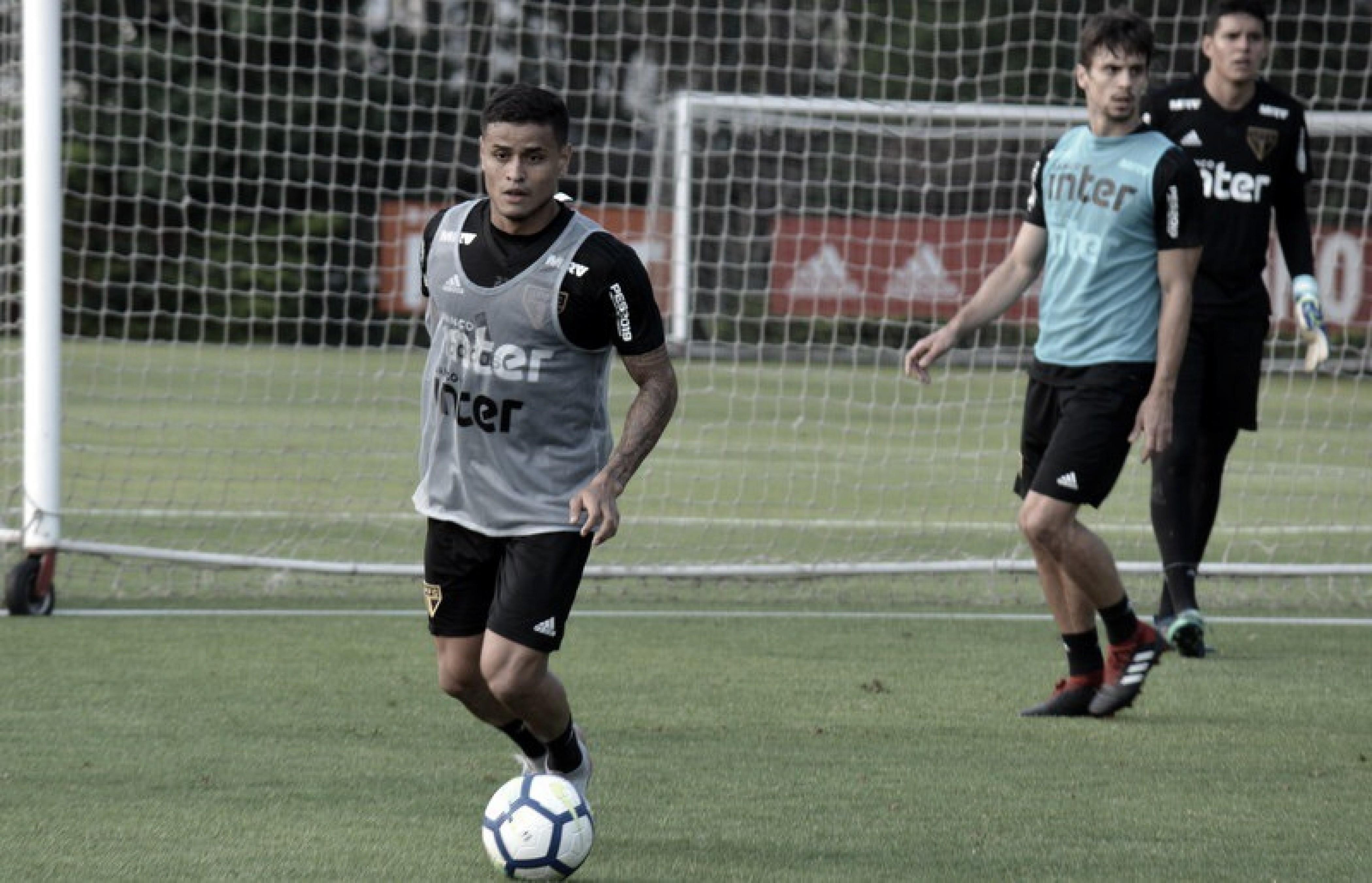 Everton e Araruna voltam a trabalhar com bola no São Paulo, enquanto Nenê desfalca treino