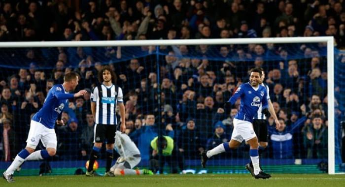 Premier League, stecca il Chelsea. Everton a valanga sul Newcastle