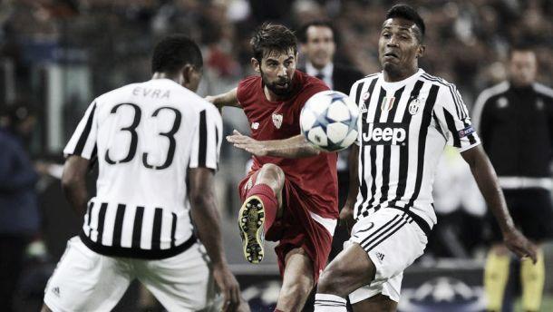 """Alex Sandro carica la Juve: """"Giochiamo ogni competizione per vincere. Sono un grande fan di Evra"""""""
