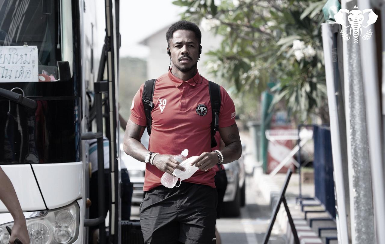 Evson projeta evolução de boa fase no Chiangmai United durante próxima temporada
