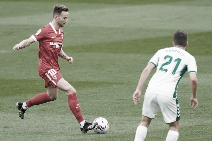 El Sevilla no levanta cabeza (2-1)
