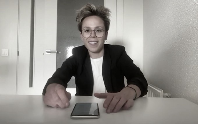 Amanda Sampedro, de futbolista a profesora de español