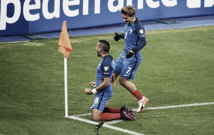 Com gol polêmico, França vence Suécia de virada e assume a liderança do Grupo A