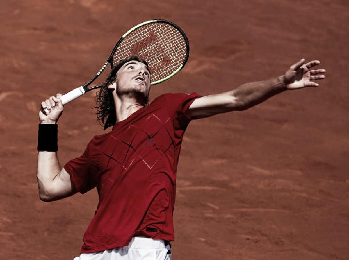 Tsitsipas derrotaCarreño-Busta e alcança primeira final de torneio ATP na carreira