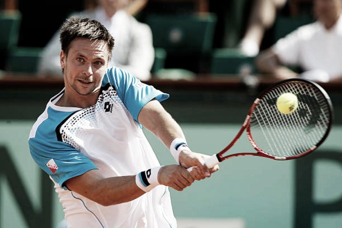 Soderling brinca: ''Ainda espero que Federer me agradeça por ter vencido Nadal em Garros''