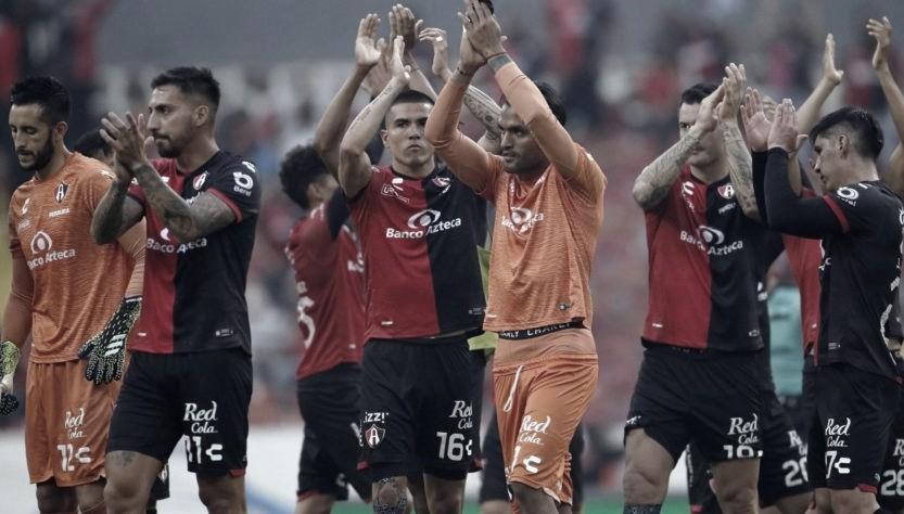 Sin presión por el descenso, Atlas puede jugar mejor, asegura Diego Cocca