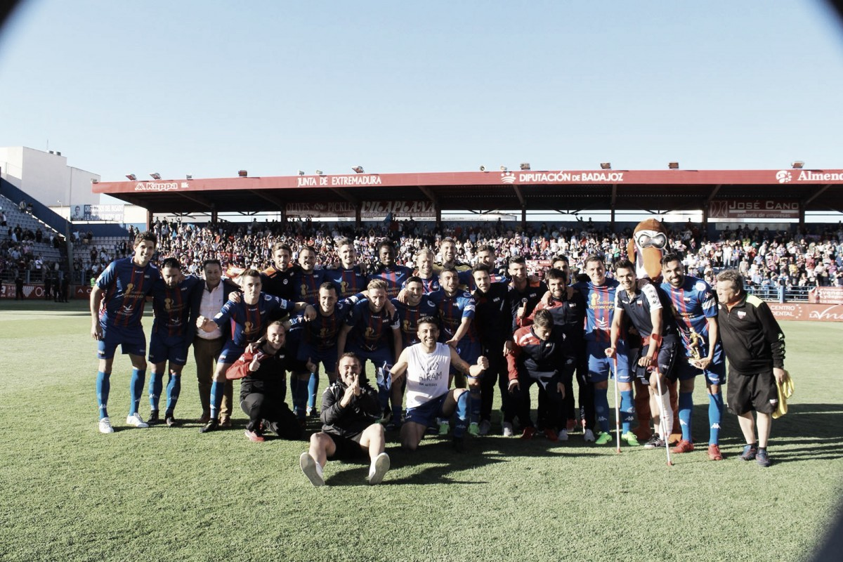 El Extremadura se gana el 'playoff'