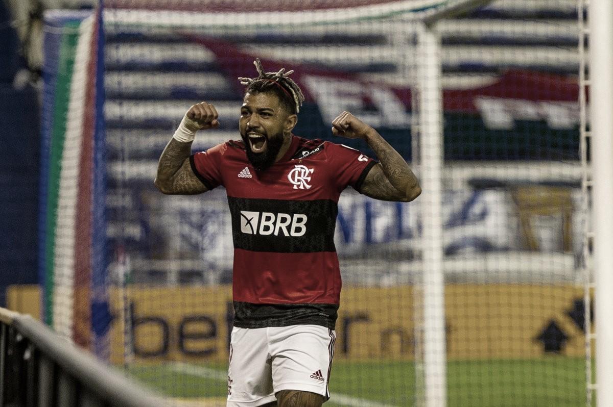Flamengo fica duas vezes atrás no placar, busca virada contra Vélez e larga bem na Libertadores