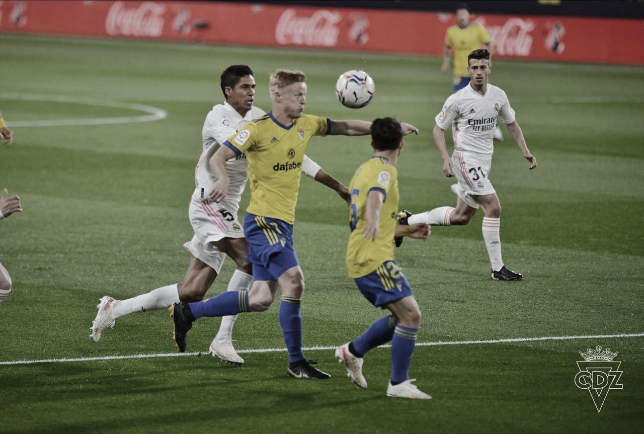 Un orgulloso Cádiz pierde tres puntos de ''Superliga'' (0-3)