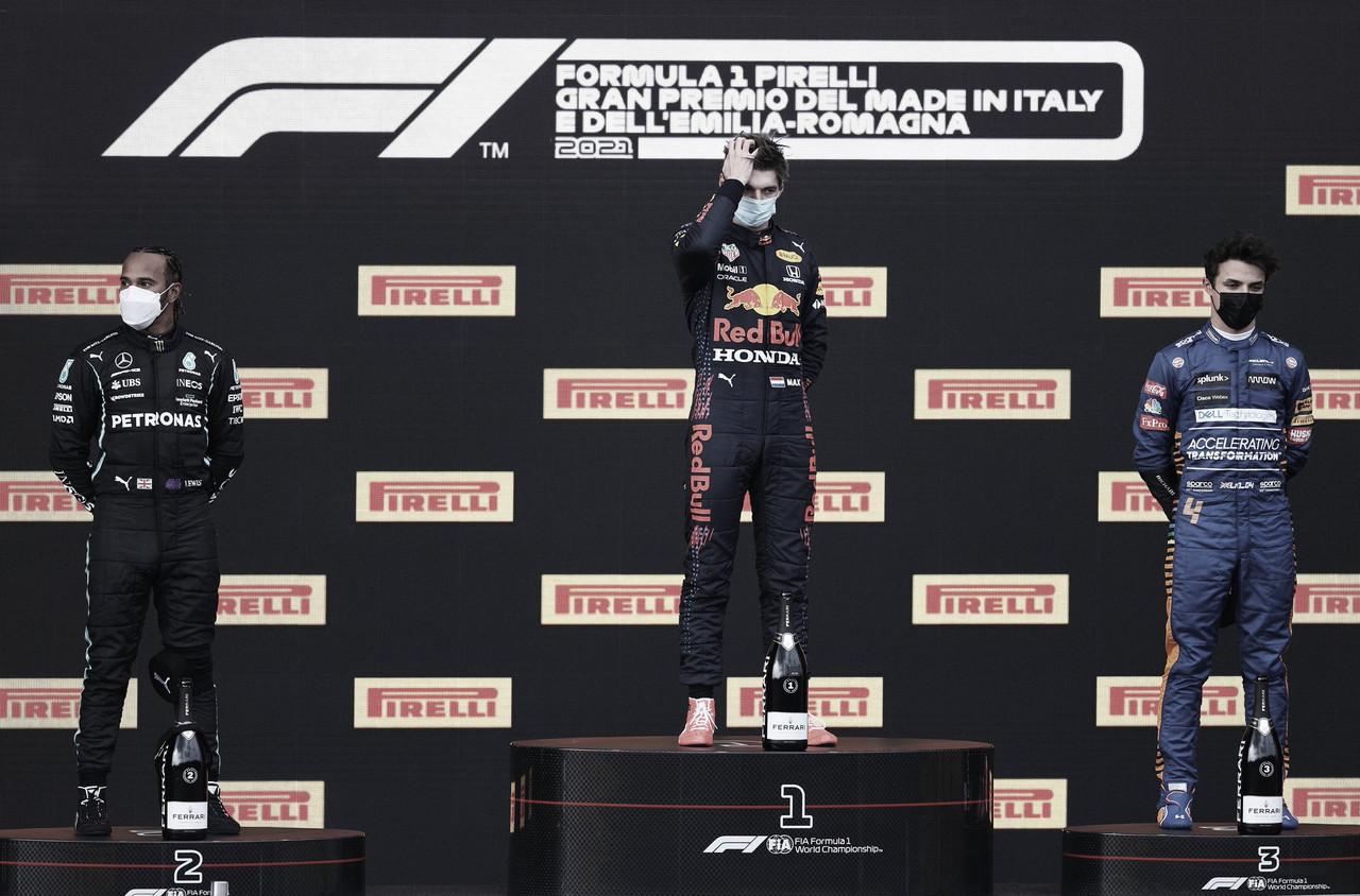 Verstappen gana en Imola