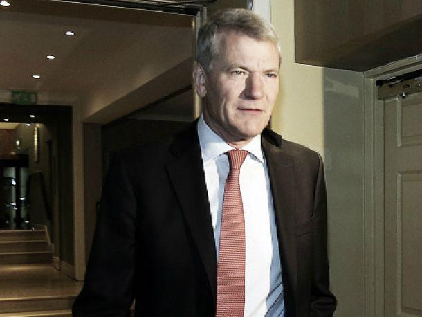 David Gill afirma que deixará Fifa caso Blatter seja reeleito