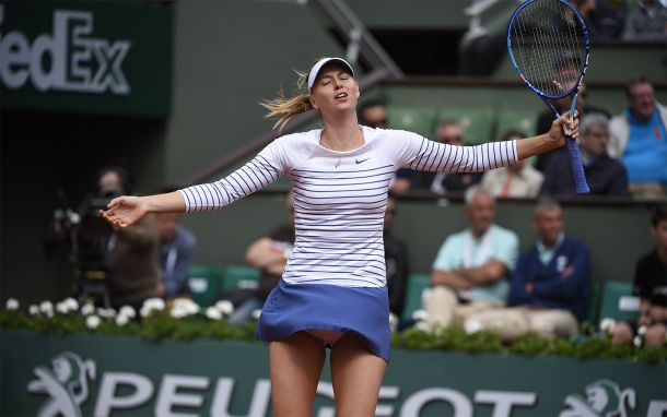 Sickly Sharapova Wins, Another Cornet Comeback, And Other Headlines From Day 6 At The French Open