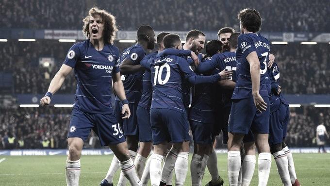 Chelsea vence Tottenham e segue em busca da classificação para Champions